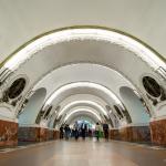 Metro, Polschad Vosstaniya, St. Petersburg